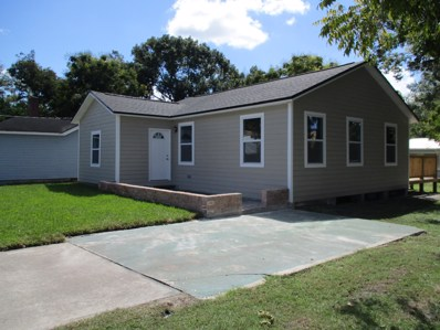 Starke, FL home for sale located at 302 S Bay St, Starke, FL 32091