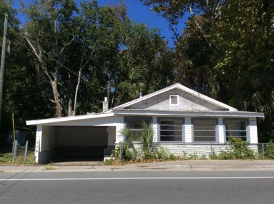 St Augustine, FL home for sale located at 504 Woodlawn Rd, St Augustine, FL 32084