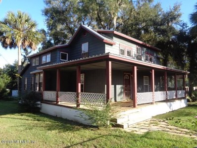 Interlachen, FL home for sale located at 100 Tropic Ave, Interlachen, FL 32148