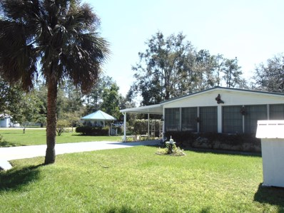 Interlachen, FL home for sale located at 103 Pamela St UNIT 16, Interlachen, FL 32148