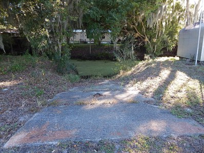 St Augustine, FL home for sale located at 8133 Colee Cove Rd, St Augustine, FL 32092
