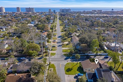 1614 South Beach Pkwy, Jacksonville Beach, FL 32250 - #: 966377