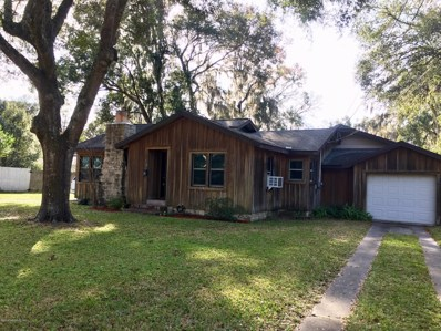 Ocala, FL home for sale located at 826 SE 9TH St, Ocala, FL 34471