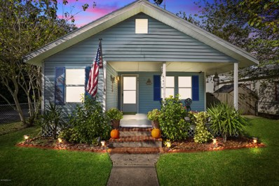 St Augustine, FL home for sale located at 881 Whitney St, St Augustine, FL 32084
