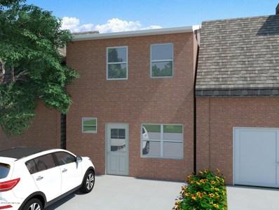 Jacksonville, FL home for sale located at 7047 Ken Knight Dr E, Jacksonville, FL 32209
