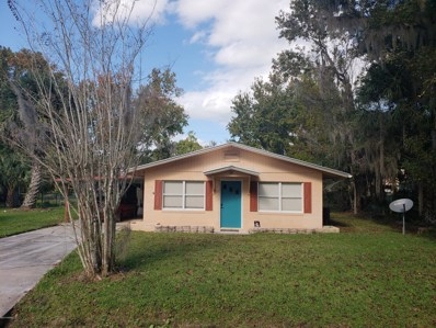 Crescent City, FL home for sale located at 118 Ludwig Ave, Crescent City, FL 32112