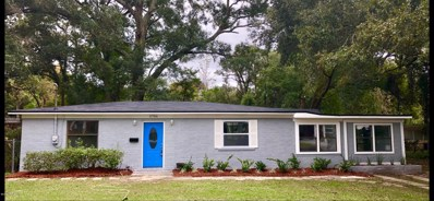 Jacksonville, FL home for sale located at 5706 Lake Lucina Dr N, Jacksonville, FL 32211