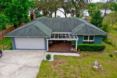 Interlachen, FL home for sale located at 822 Lake Shore Ter, Interlachen, FL 32148
