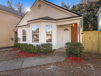 Jacksonville, FL home for sale located at 10982 Traci Lynn Dr, Jacksonville, FL 32218