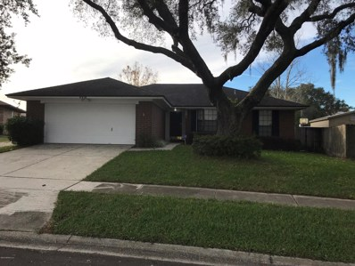 Jacksonville, FL home for sale located at 6318 Tree Top Cir W, Jacksonville, FL 32244