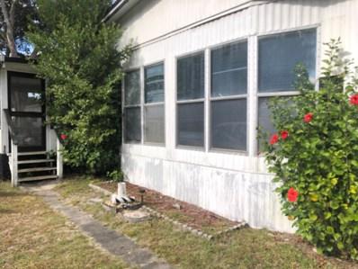 Interlachen, FL home for sale located at 110 Salem St, Interlachen, FL 32148