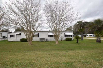 Crescent City, FL home for sale located at 103 Peninsular Dr, Crescent City, FL 32112