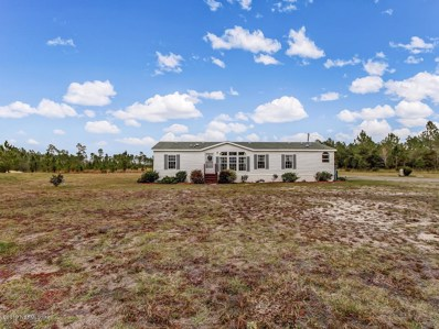 Hilliard, FL home for sale located at 15370 Wilkinson Ln, Hilliard, FL 32046