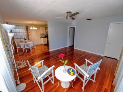Jacksonville, FL home for sale located at 5305 Quan Dr, Jacksonville, FL 32205