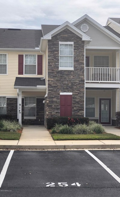 Orange Park, FL home for sale located at 575 Oakleaf Plantation Pkwy UNIT 914, Orange Park, FL 32065