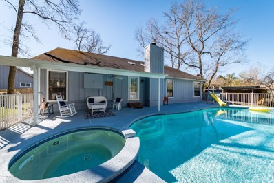 Jacksonville, FL home for sale located at 8909 Snow Hill Ln, Jacksonville, FL 32221