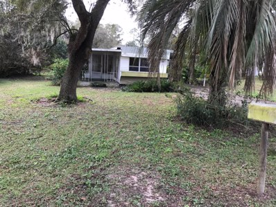 Interlachen, FL home for sale located at 105 Orient St, Interlachen, FL 32148