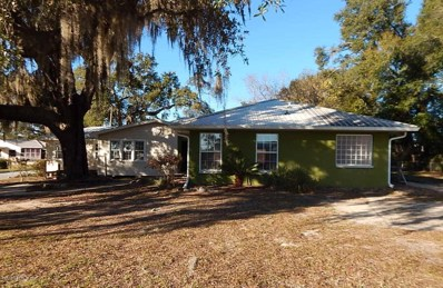 Keystone Heights, FL home for sale located at 105 NE Holly Ave, Keystone Heights, FL 32656