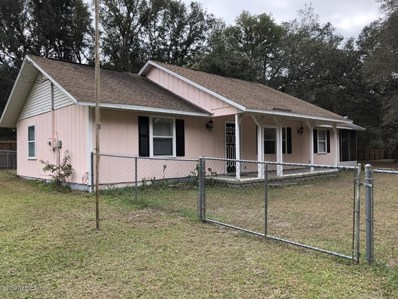 Interlachen, FL home for sale located at 119 Walkup St, Interlachen, FL 32148