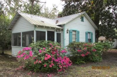 Welaka, FL home for sale located at 101 2ND Ave, Welaka, FL 32193