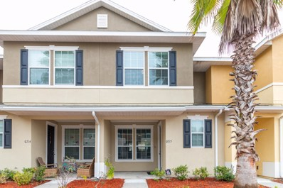 Orange Park, FL home for sale located at 625 Oakleaf Plantation Pkwy UNIT 715, Orange Park, FL 32065