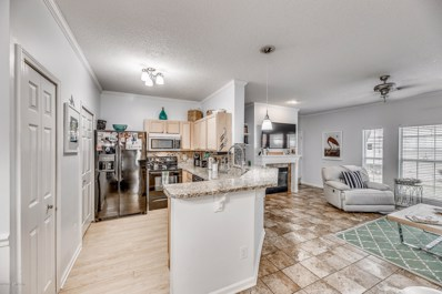 Jacksonville Beach, FL home for sale located at 14 Jardin De Mer Pl UNIT 14, Jacksonville Beach, FL 32250