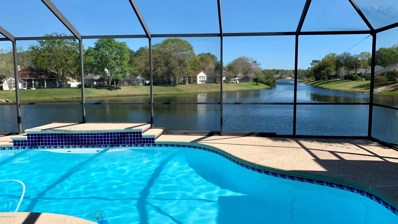 Jacksonville, FL home for sale located at 825 Buckeye Ln W, Jacksonville, FL 32259