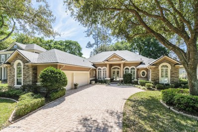 Jacksonville, FL home for sale located at 13810 Windsor Crown Ct E, Jacksonville, FL 32225