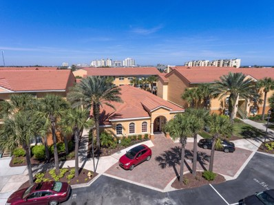 Jacksonville Beach, FL home for sale located at 102 Laguna Villas Blvd UNIT H14, Jacksonville Beach, FL 32250