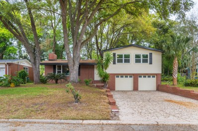 Jacksonville, FL home for sale located at 933 Carlotta Rd W, Jacksonville, FL 32211