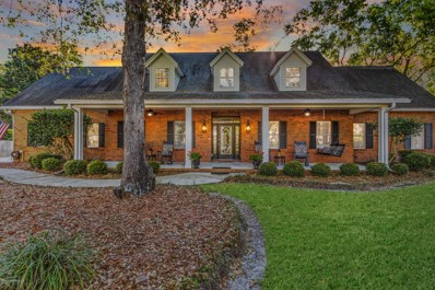St Johns, FL home for sale located at 2219 Hawkcrest Dr E, St Johns, FL 32259