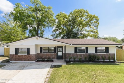 Jacksonville, FL home for sale located at 5847 Triumph Ln E, Jacksonville, FL 32244