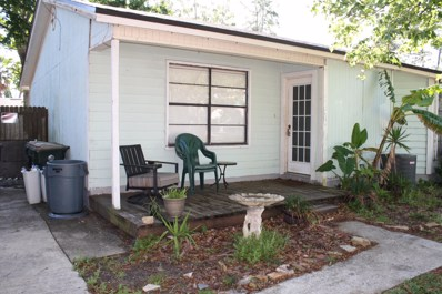 Atlantic Beach, FL home for sale located at 1365 Violet St, Atlantic Beach, FL 32233