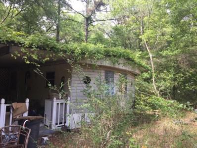 Interlachen, FL home for sale located at 907 Maltas Ave, Interlachen, FL 32148