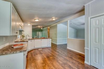 Hawthorne, FL home for sale located at 105 Star Lake Forrest Rd, Hawthorne, FL 32640