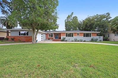 Jacksonville, FL home for sale located at 916 Old Grove Manor, Jacksonville, FL 32207