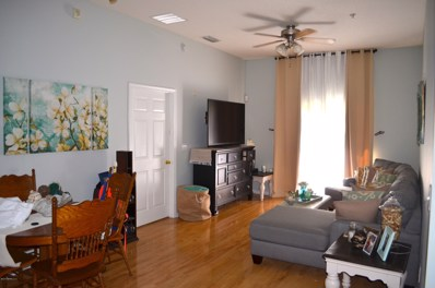 Jacksonville, FL home for sale located at 7054 Snowy Canyon Dr UNIT 103, Jacksonville, FL 32256