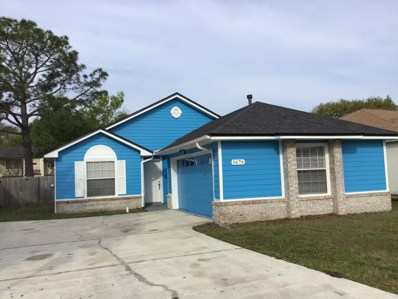 Jacksonville, FL home for sale located at 1676 Hudderfield Cir W, Jacksonville, FL 32246