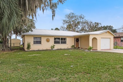 East Palatka, FL home for sale located at 136 Cypress Dr, East Palatka, FL 32131