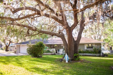 Keystone Heights, FL home for sale located at 6433 Loch Lommond Dr, Keystone Heights, FL 32656