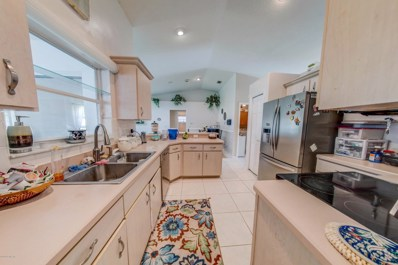 Palm Coast, FL home for sale located at 27 Woodfair Ln, Palm Coast, FL 32164
