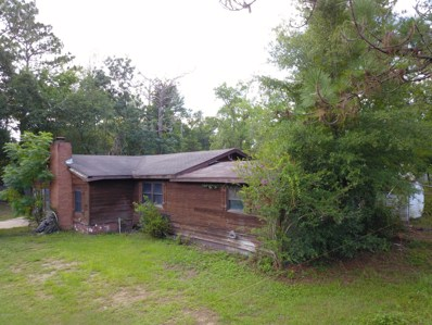 Interlachen, FL home for sale located at 220 5TH Way, Interlachen, FL 32148
