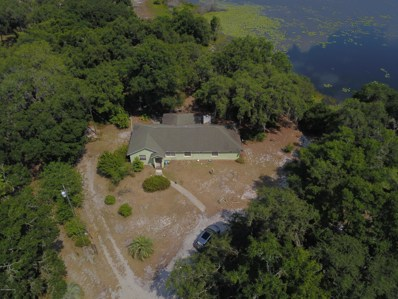 Hawthorne, FL home for sale located at 106 Hutchinson Ln, Hawthorne, FL 32640