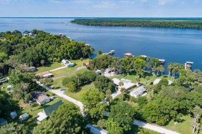 Georgetown, FL home for sale located at 174 Palm Dr, Georgetown, FL 32139