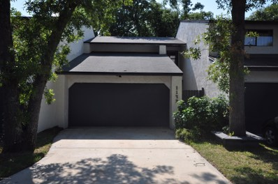 Jacksonville, FL home for sale located at 1172 Romaine Cir W, Jacksonville, FL 32225
