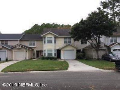 Jacksonville, FL home for sale located at 7776 Coatbridge Ln S, Jacksonville, FL 32244