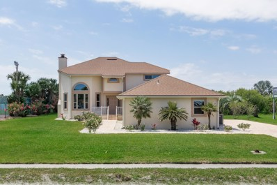 St Augustine, FL home for sale located at 7 Ocean Trace Rd, St Augustine, FL 32080