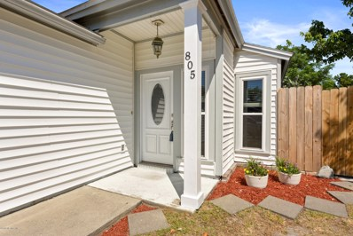 Jacksonville, FL home for sale located at 805 Candleknoll Ln, Jacksonville, FL 32225