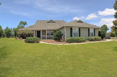 Gainesville, FL home for sale located at 10002 SW 98TH Ter, Gainesville, FL 32608