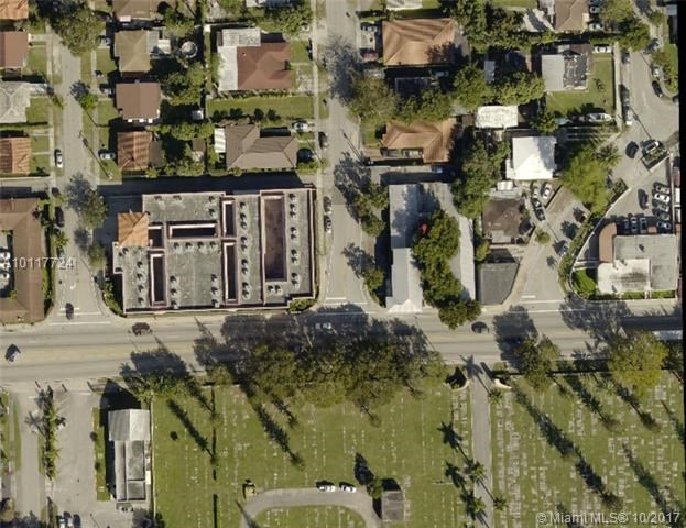 4491 SW 8th St, Coral Gables, FL 33134